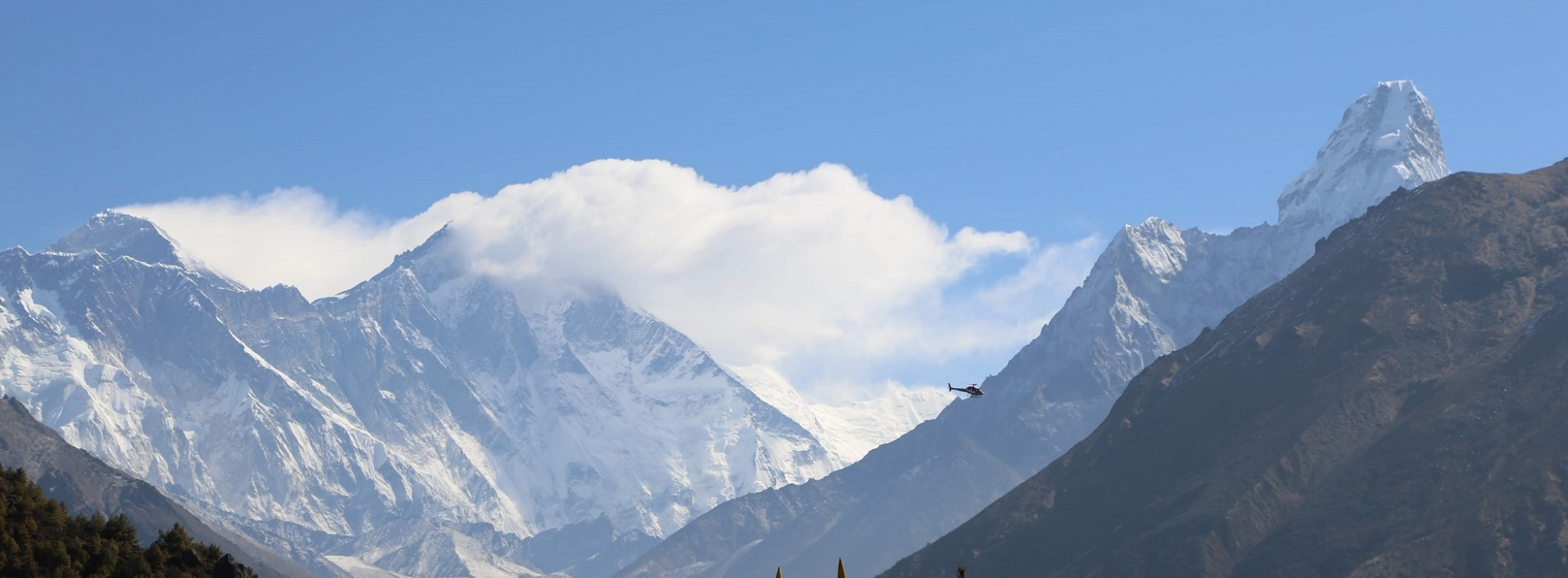 Breathtakingly beautiful scenery on the Everest Base Camp Trek