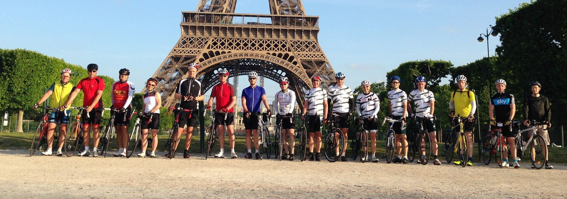Paris_to_Geneva_cyclists_at_startline.jpg