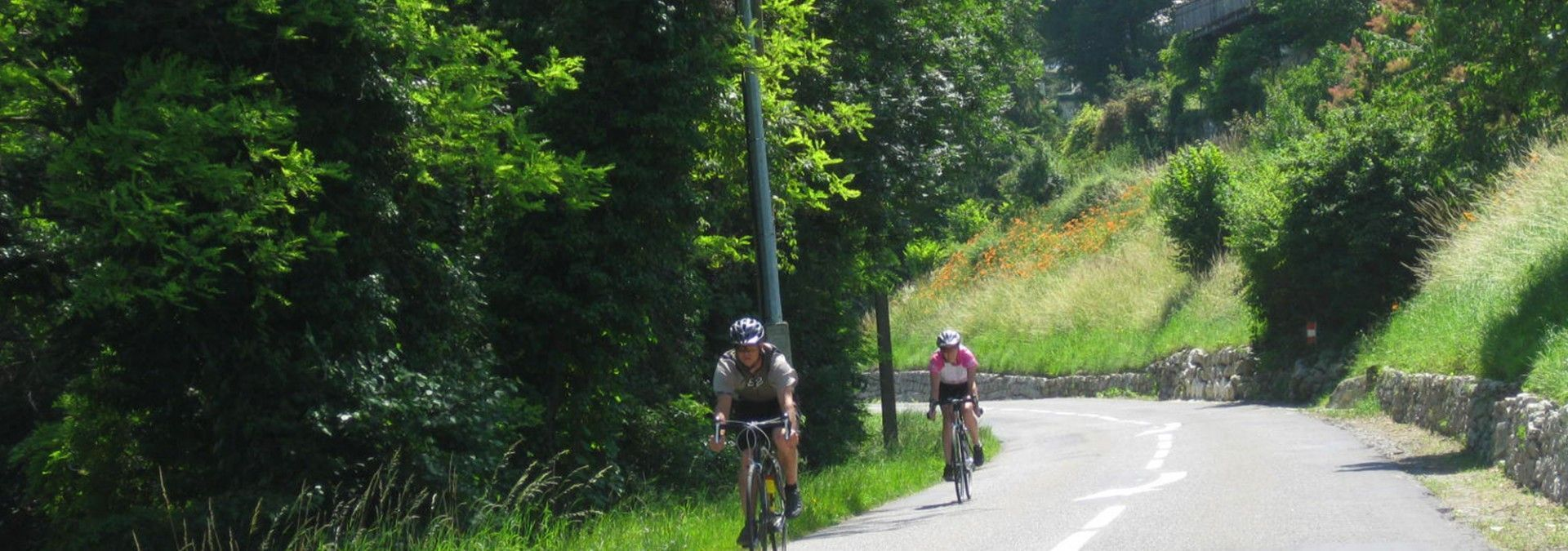 Road_cycling_from_Geneva_to_Nice.jpg