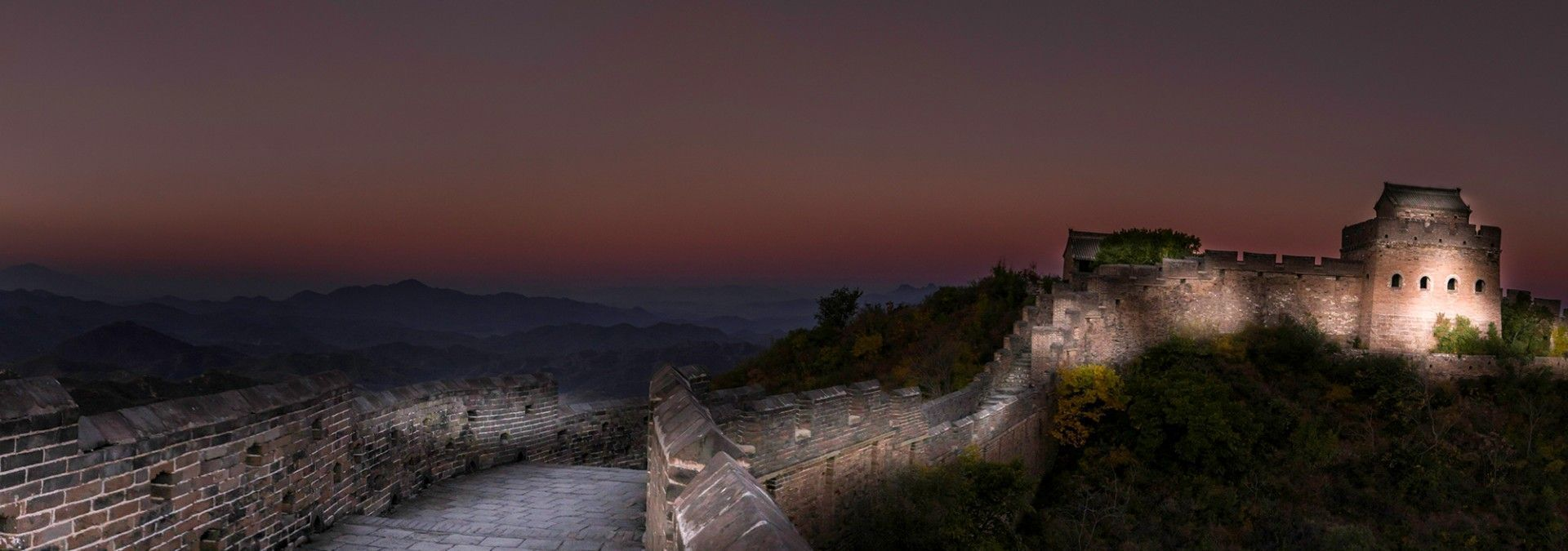 Great_Wall_of_China_Evening_Vista.jpg
