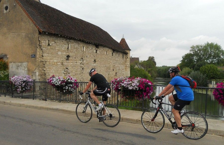 Paris to Nice Cycle  Charity Challenge Bike Ride  - Discover ... 43fe09a30