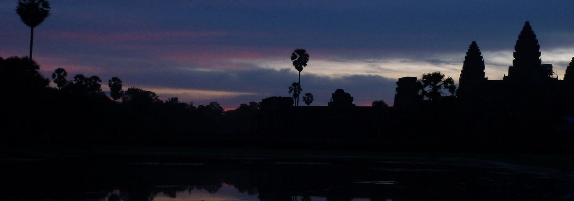 Angkor_Wat_view_at_sunset.jpg