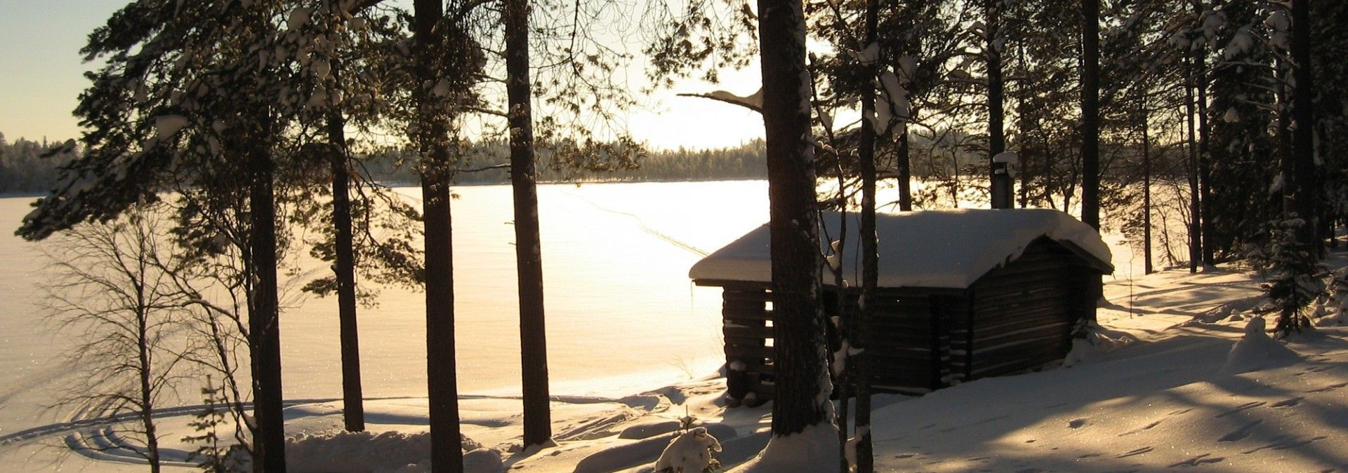 Lake_View_Arctic_Adventure_Finland.jpg