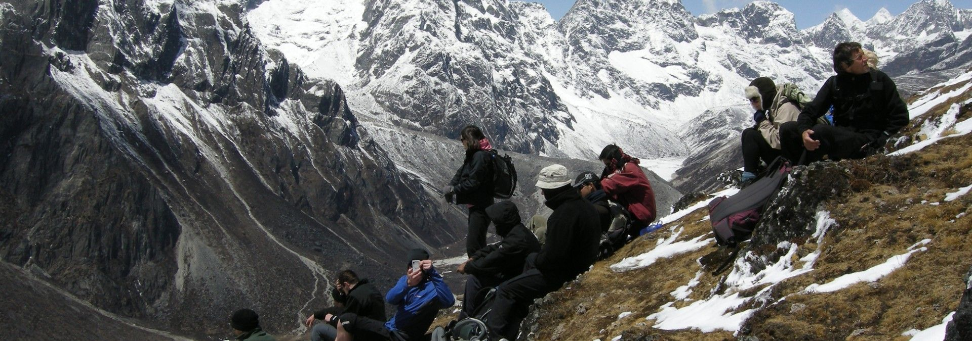 Rest_stop_on_route_Everest_Base_Camp.jpg